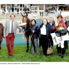 Easy win for TZAR'S DANCER